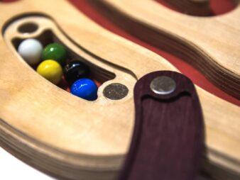 ENTRERRUAS juego laberinto de madera