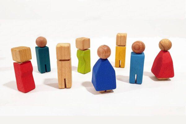 muñecos de madera Waldorf